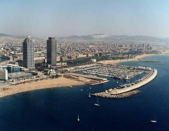 ¿Debe hacerse cargo el seguro de los vehículos de los daños ocasionados en los atentados de Barcelona?